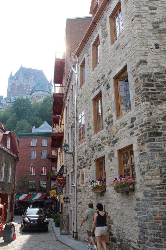 Keep your head up riding through crowds of shoppers in the narrow, cobblestoned lanes of Quartier Petit Champlain. Once a fur-trading portside village, it's now full of boutiques, bistros and frescoes.